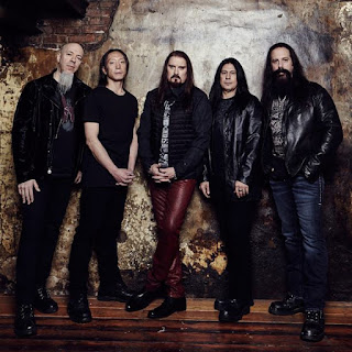 http://www.dreamtheater.net