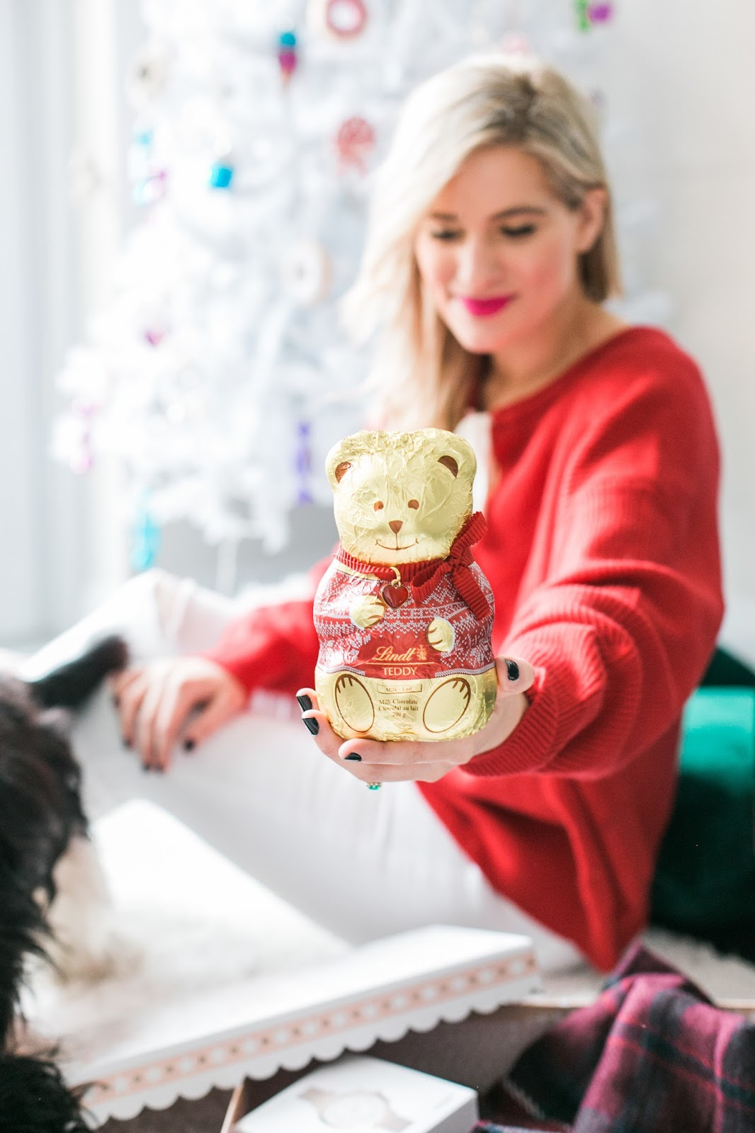 Bijuleni - Holiday Gift Guide For Her With Holt Renfrew Centre - Cavalier King Charles Spaniel puppy with chocolate bear