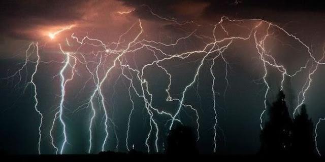 Catatumbo Lightning fenomena petir abadi