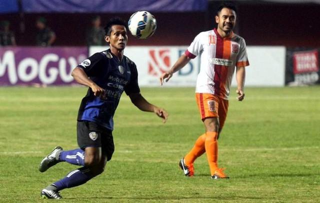 Arema vs Borneo FC