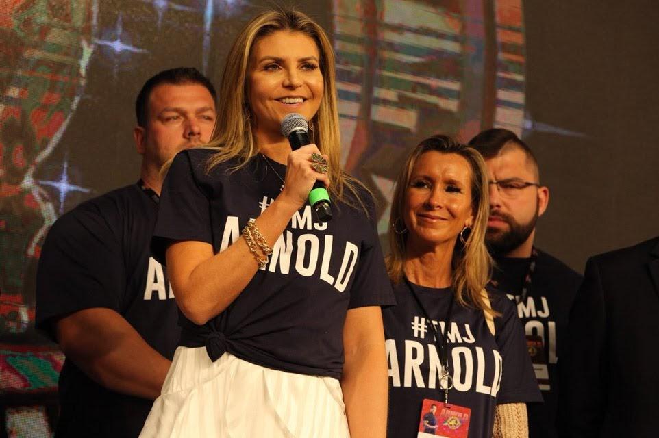 Ana Paula Leal Graziano discursa na cerimônia de abertura. Foto: Rodrigo Dod/Savaget