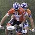 Sebastien Fini y Martin Blums vuelan en el arranque de la Costa Blanca Bike Race