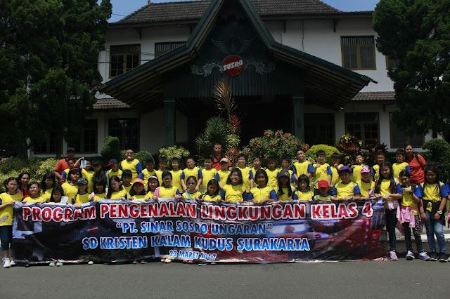 Dokumentasi Kegiatan PPL Kelas IV SD Kristen Kalam Kudus Surakarta di PT. Sinar Sosro