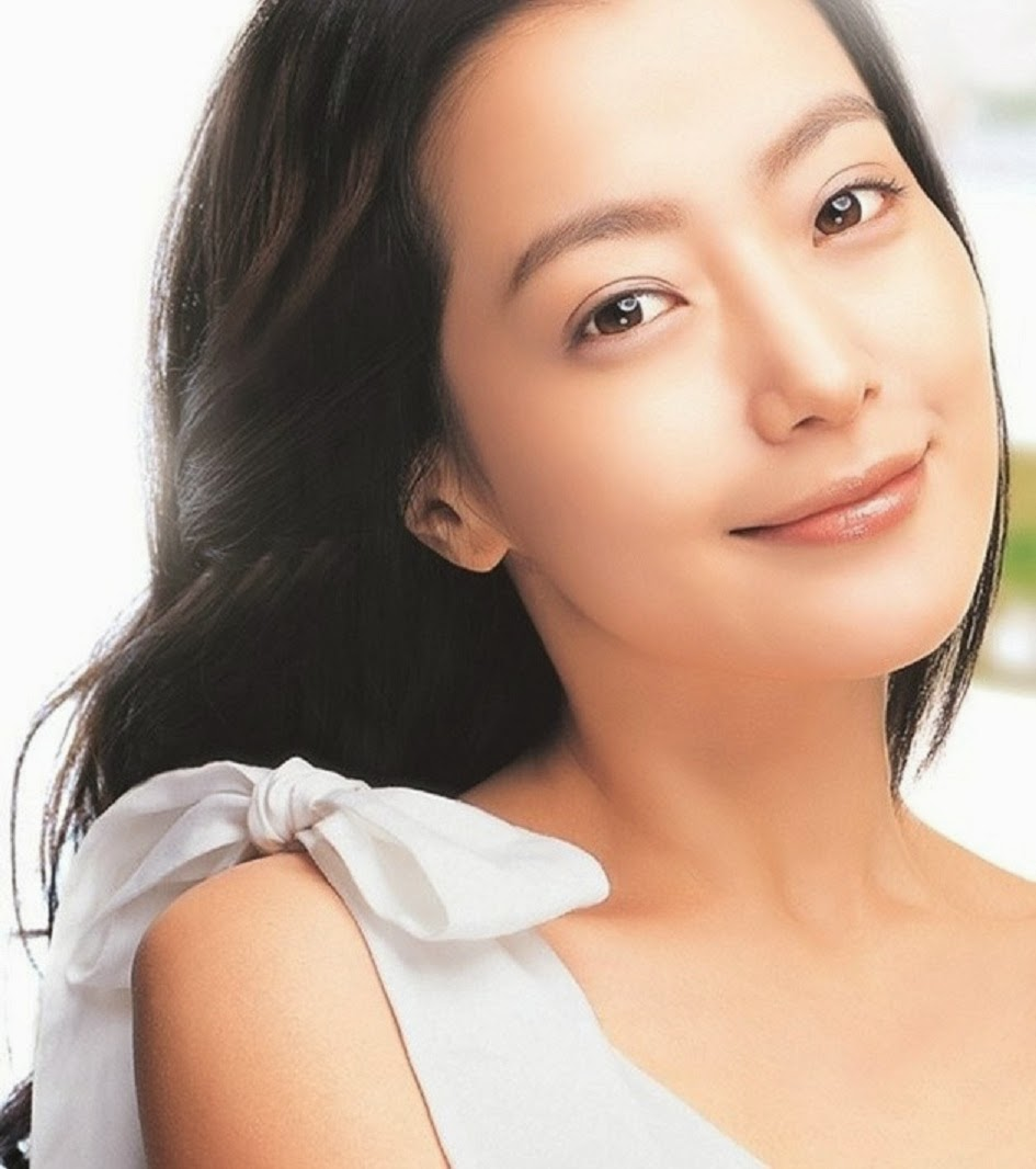 Cute Stylish Girl Wallpaper Hd Kim Hee Sun 4u Hd Wallpaper All 4u Wallpaper