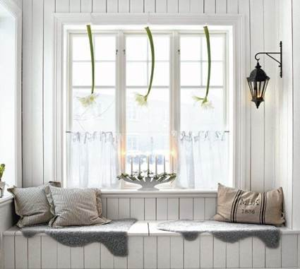 Lovely Nordic Style Window Seats Design 3