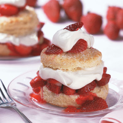 https://foodimentary.com/2015/06/14/june-14-is-national-strawberry-shortcake-day-2/