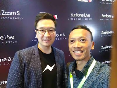 foto dengan bos facebook asia