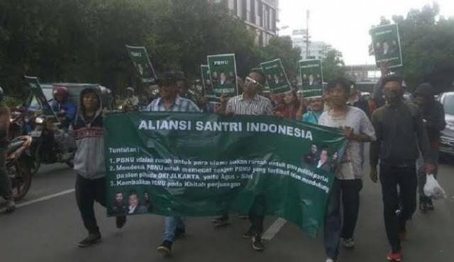 Mengaku Santri, Puluhan Massa Cabe-cabean Demo Kantor PBNU