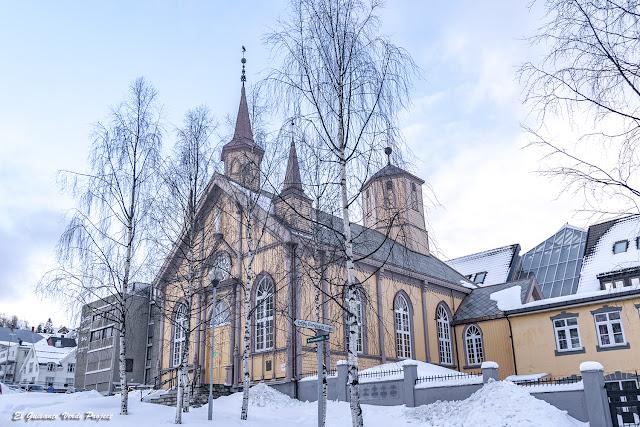 Catedral de Nuestra Señora, Tromsø - Noruega, por El Guisante Verde Project