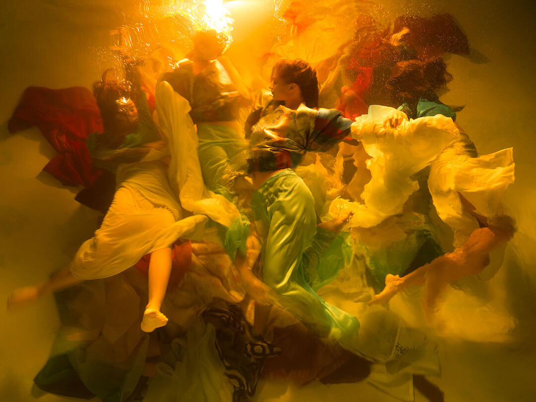 Astonishing Underwater Photos Look Like Baroque Paintings