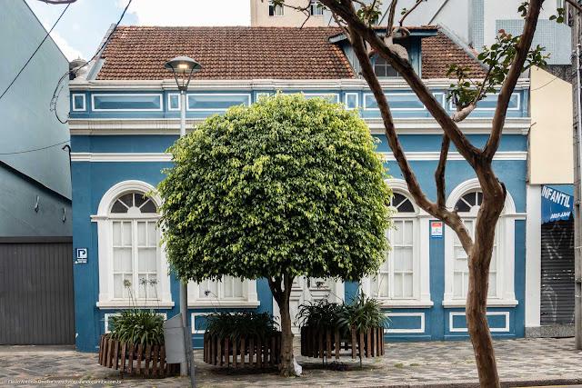 Casa na Rua Mateus Leme, 324 que é uma Unidade de Interesse de Preservação
