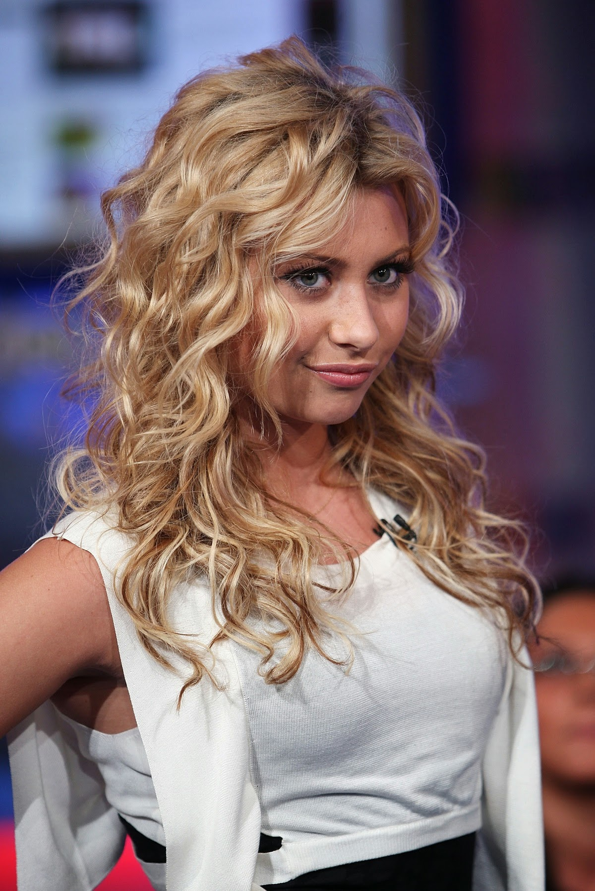 Alyson Michalka Nude Photos 87