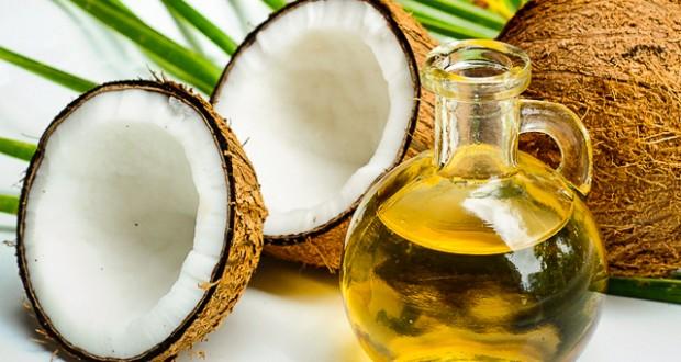 óleo de coco para os cabelos