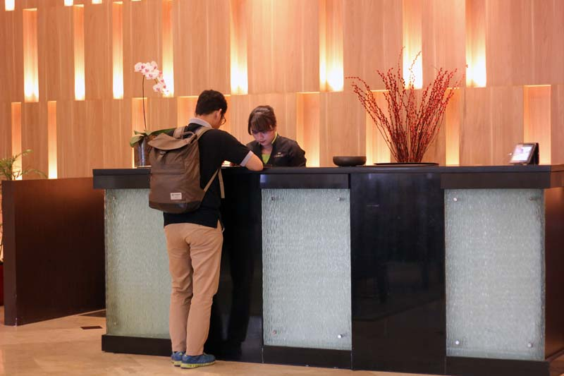 lobby radisson medan