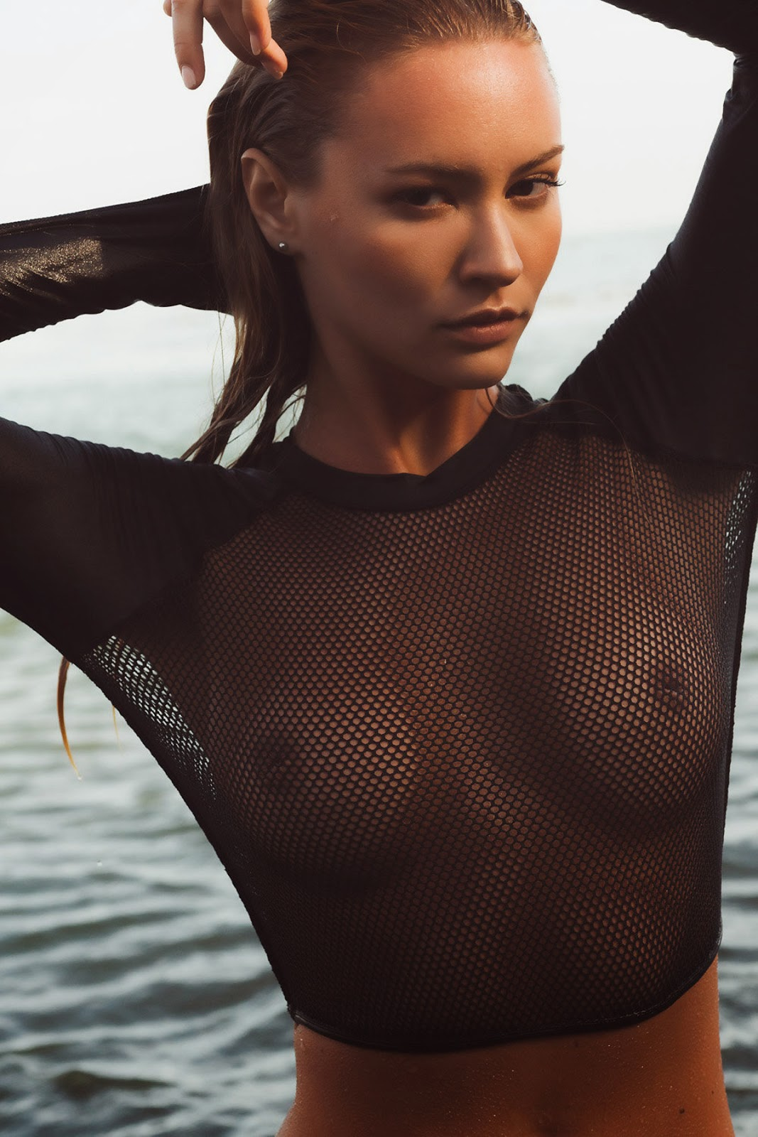 Nude Holly Pics 34