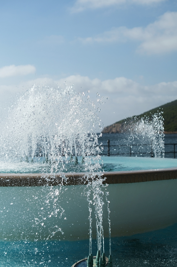 Blog + Fotografie by it's me! - Reisen - La Isla Blanca Ibiza, Santa Eularia - Fontäne vom Springbrunnen