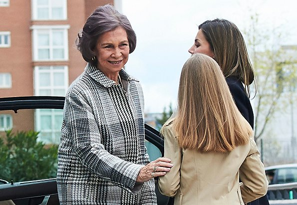 King Felipe, Queen Letizia, former Queen Sofia, Princess Leonor, Infanta Sofia and Infanta Elena