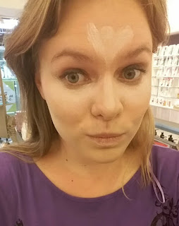 the body shop,contouring class, lightinglavender, mylavendertintedworld, my lavender tinted world, contouring, beauty blogger