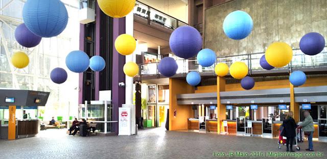 Interior do Terminal Buquebus para check in