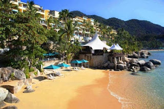 top-10-honeymoon-destinations-camino-real-acapulco-diamante