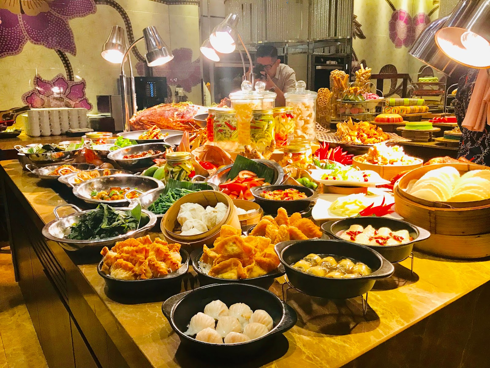 HYATT REGENCY KINABALU HIGHLIGHTS  CHEFS' FAMILY RECIPES DISHES IN RAMADAN BUFFET