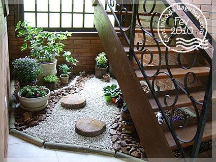 Construindo um sonho: Jardim embaixo da escada