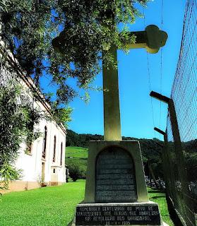 Monumento aos Heróis de Travesseiro (RS)
