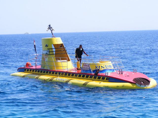 Sindbad Submarine Tour
