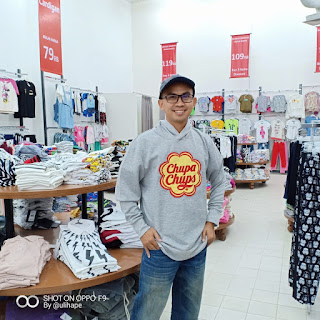 Belanja Baju Branded Murah di Mangga Dua Square adalah pengalaman pertama bagi saya