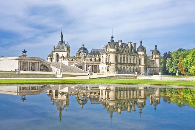 Castelo Chantilly durante o dia