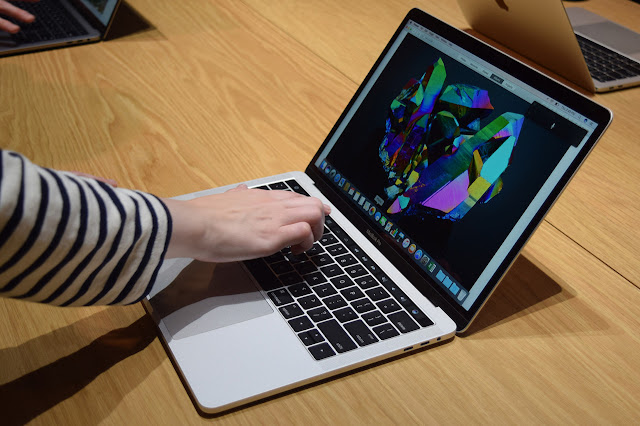 apple-macbook-pro-15-with-touch-bar-hands-on-0004-1500x1000 2017 MacBook Pro users reported several failures GPU Technology
