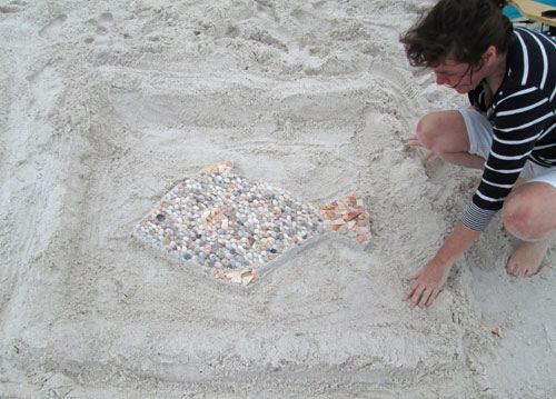 shell beach art- fish