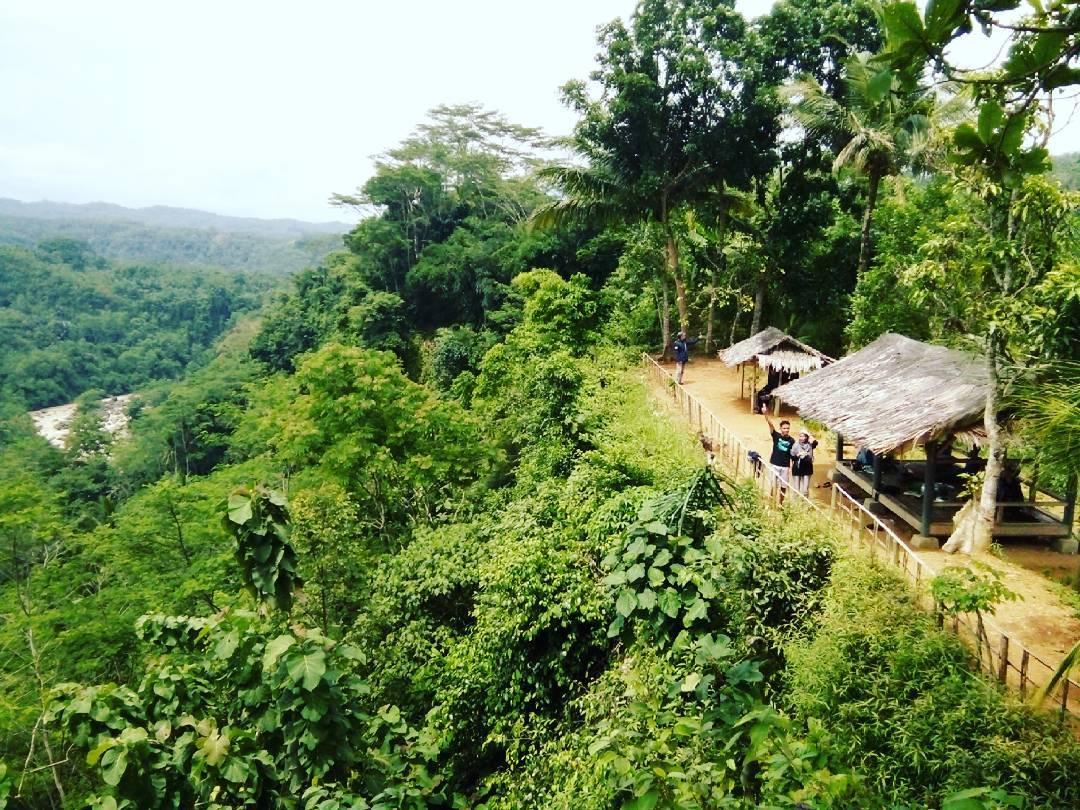 Katapang Pegunungan Indah Wisata Dayeuhluhur Cilacap Jawa