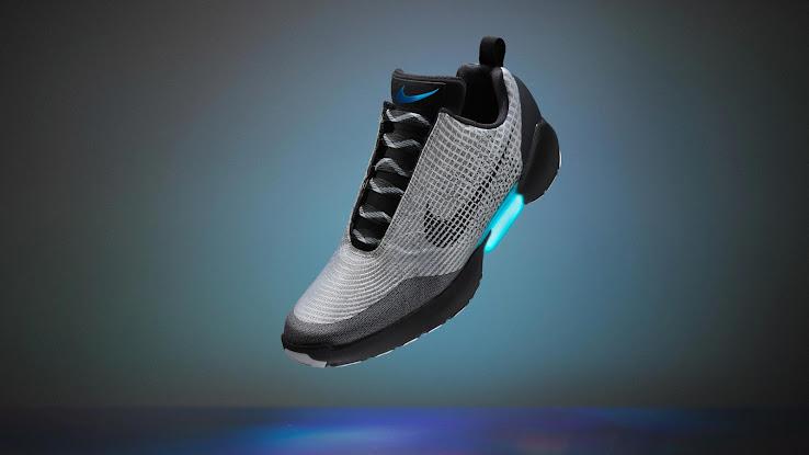 720$ Selbstschnürende Nike HyperAdapt Turnschuhe ab 1