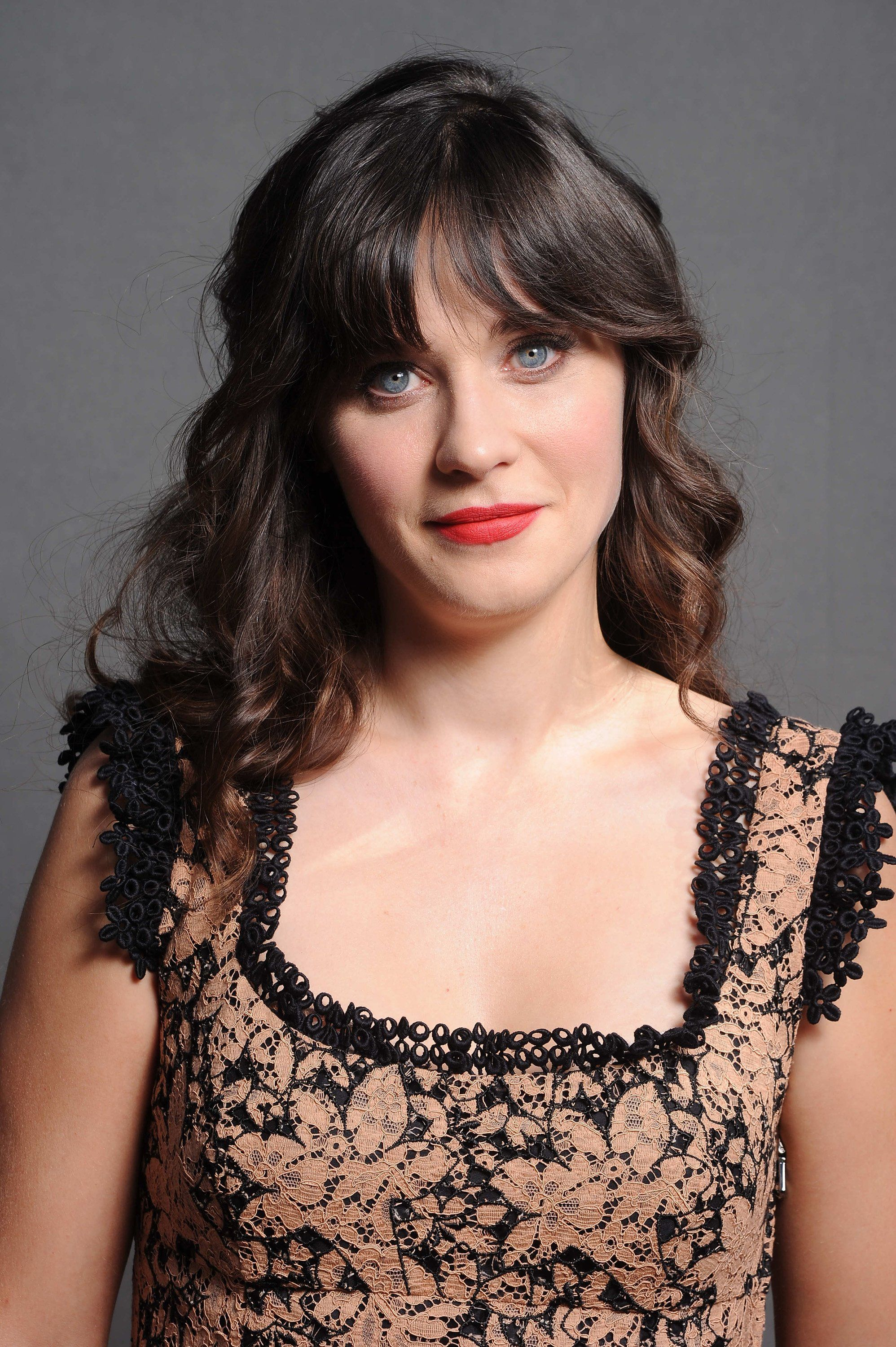 Zooey Deschanel Nude Photos 94