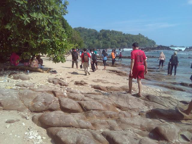 Pantai Wedi Ombo Beach Wonosari Gunungkidul Yogyakarta Tourism