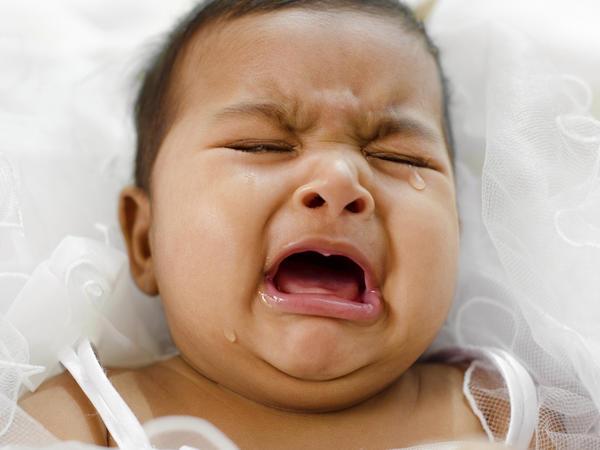Bebeklerin Ağlama Nedeni: Yüksek Sesler