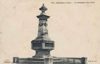 CPA monuments aux Morts de l'Allier, Souvigny