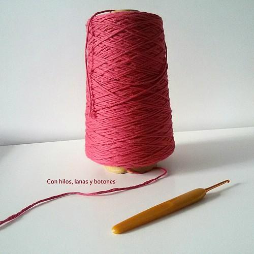 Con hilos, lanas y botones: Jersey frambuesa