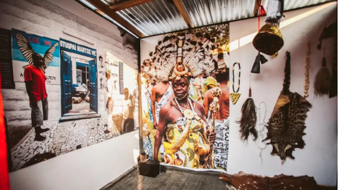 A mobile museum is traveling through Ghana exploring what it means to be Ghanaian