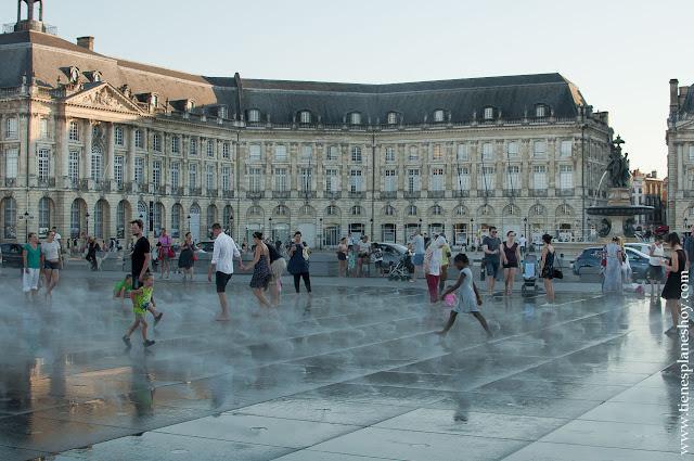 PLaza e la Bolsa Borse Burdeos Bordeaux