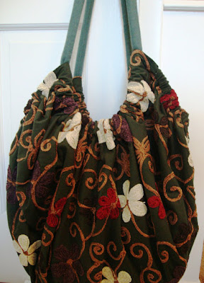 https://www.etsy.com/listing/266001615/giant-hoito-bag-dark-green-with-crewel