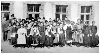 Harbin Grade School, Russian
