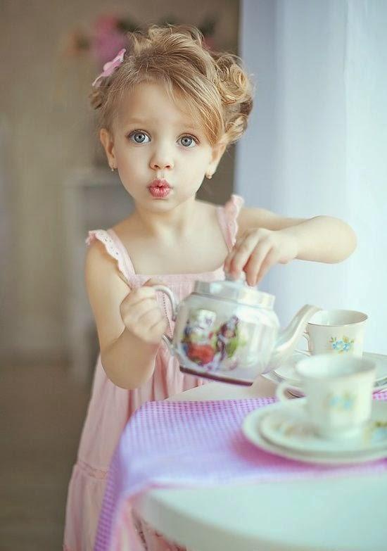 Cute Girl Child Wallpapers Free Download Bebi Girl Full Hd Wallpaper Free Dawnload My Online Mela