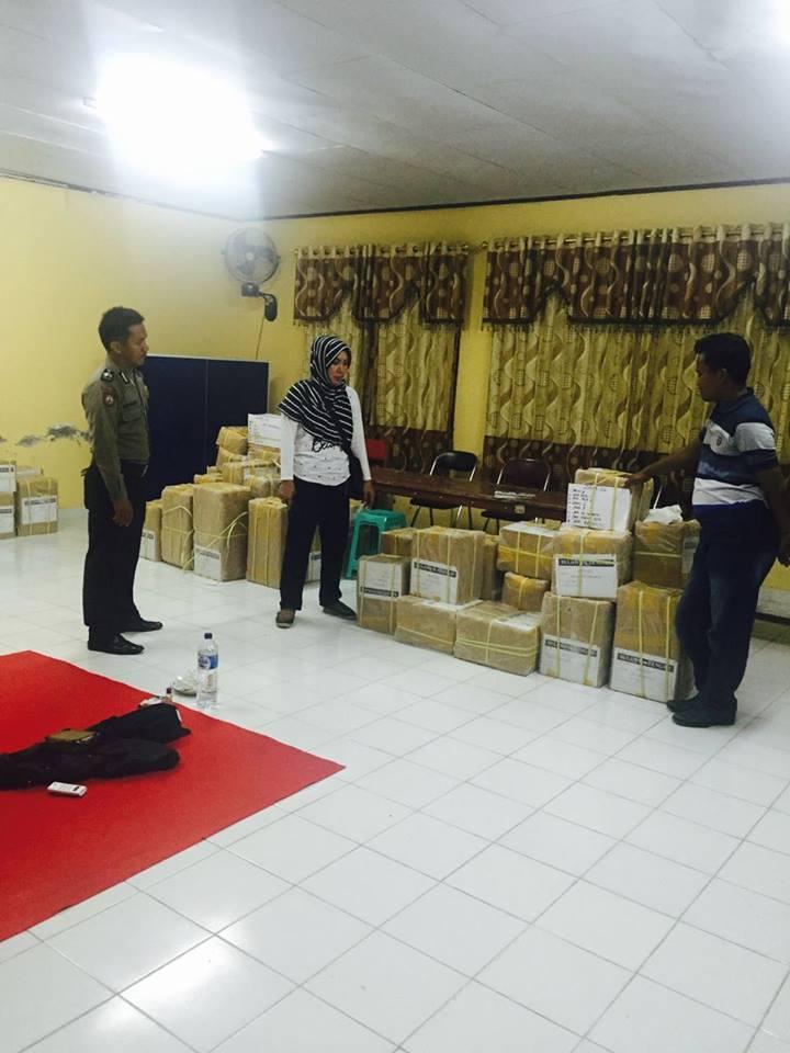 Polres Palu Beri Pengamanan Pendistribusian Soal Un Tingkat Sma Ntmc Korlantas Polri