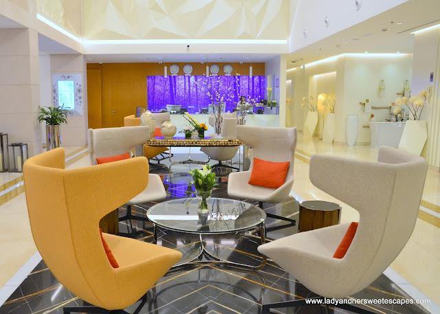 Royal Continental Hotels Dubai lobby