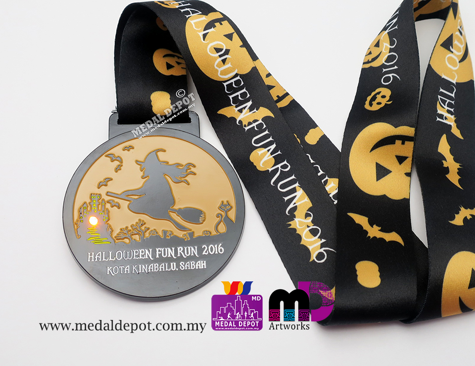 Medal depot halloween fun run kota kinabalu 2016 medal for Home depot halloween decorations 2016
