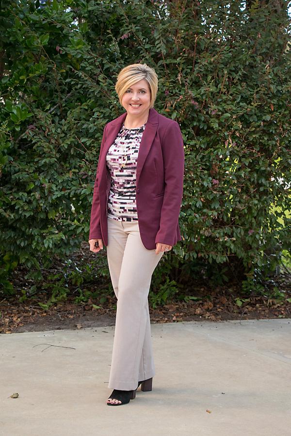 fall work wear, summer to fall transition, burgundy blazer, womens fall office attire