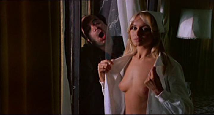 Lino Banfi- Gloria Guida  in L'infermiera di notte