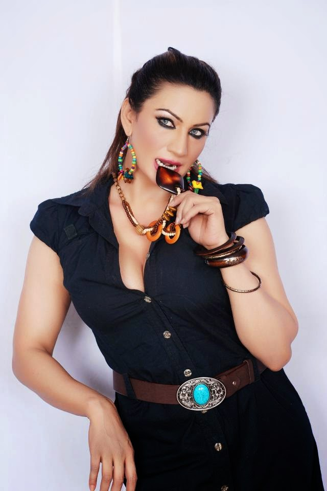 saima khan hot pictures